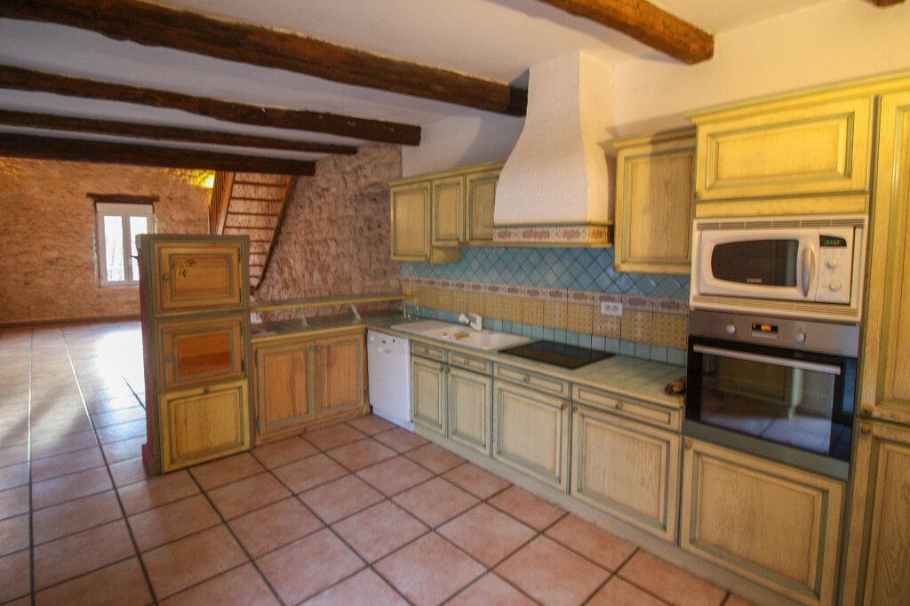 Appartement à vendre 4 139m2 à Saint-Geniès-de-Malgoirès vignette-4