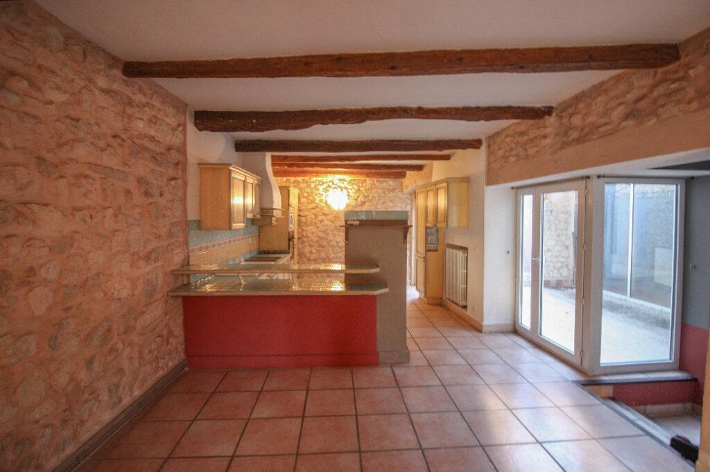 Appartement à vendre 4 139m2 à Saint-Geniès-de-Malgoirès vignette-8