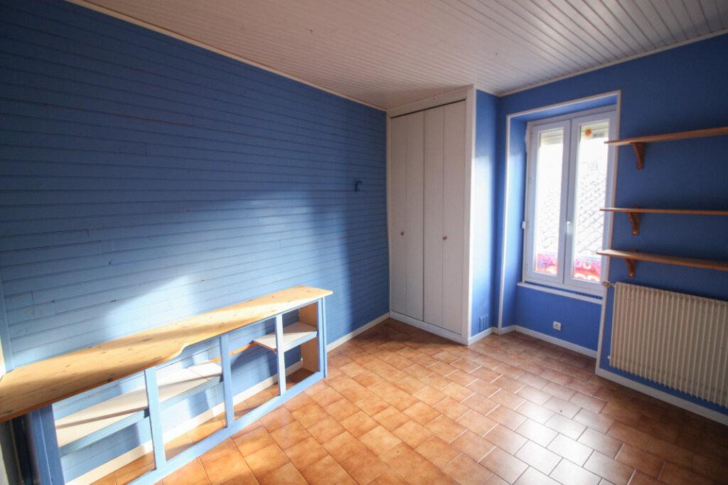 Appartement à vendre 4 139m2 à Saint-Geniès-de-Malgoirès vignette-10