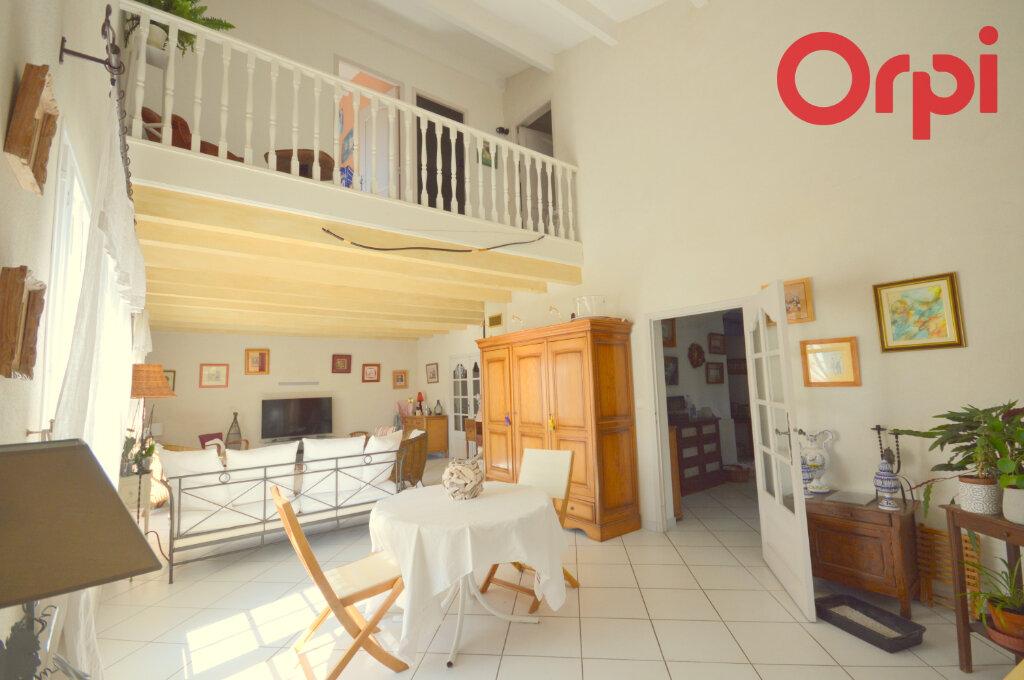 Maison à vendre 10 261m2 à Serviers-et-Labaume vignette-4