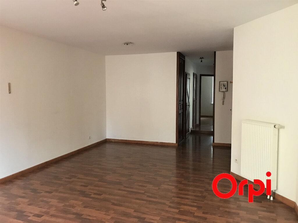 Appartement à vendre 3 66.9m2 à Thann vignette-3