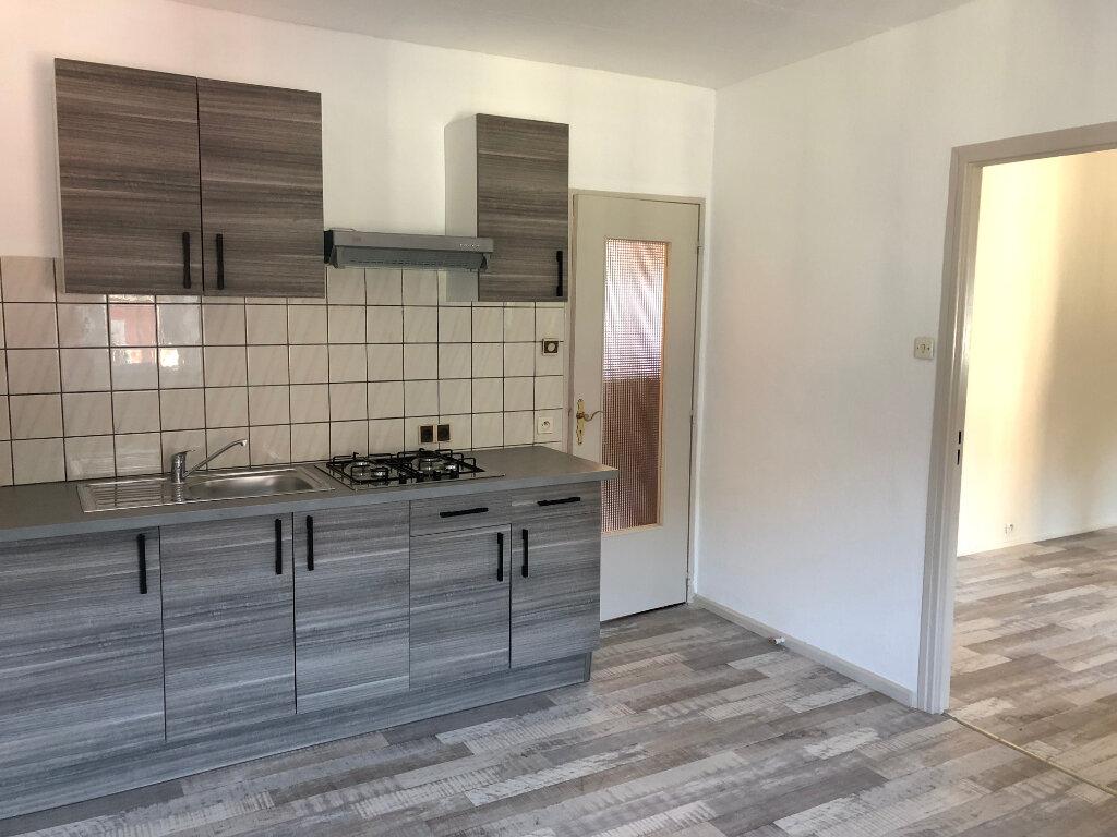 Appartement à louer 1 39m2 à Thann vignette-1