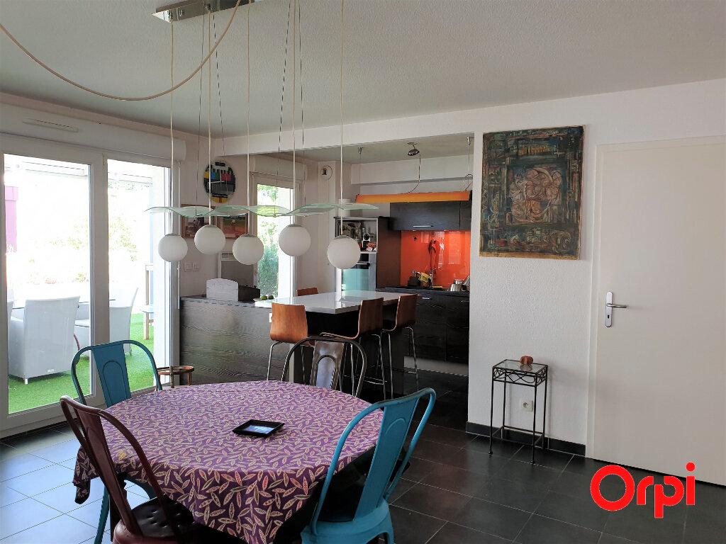 Appartement à vendre 4 92m2 à Cernay vignette-2