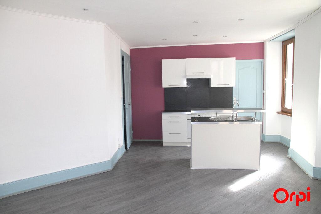 Appartement à louer 2 37m2 à Thann vignette-1