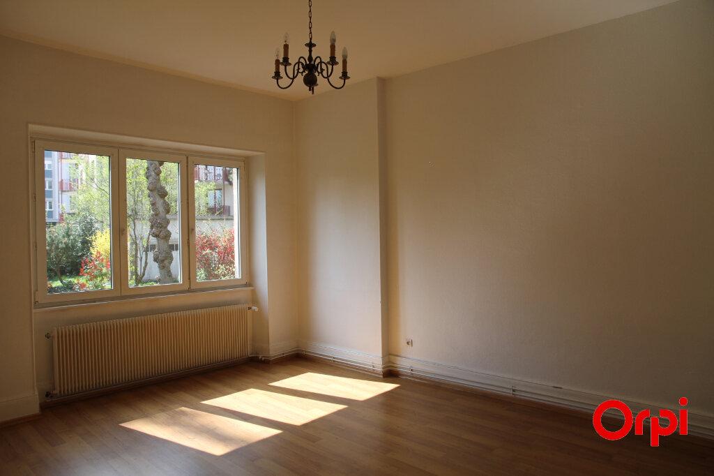 Appartement à louer 3 93.85m2 à Thann vignette-2