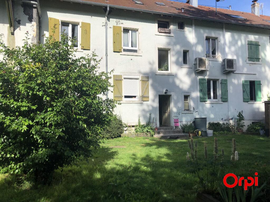 Appartement à louer 5 101m2 à Kirchberg vignette-1