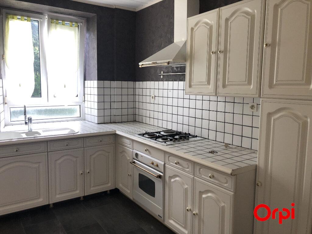 Appartement à louer 5 101m2 à Kirchberg vignette-2