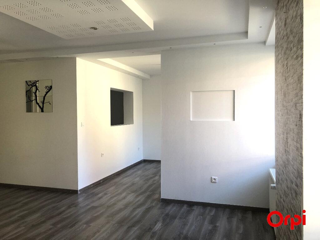 Appartement à louer 4 90m2 à Thann vignette-1