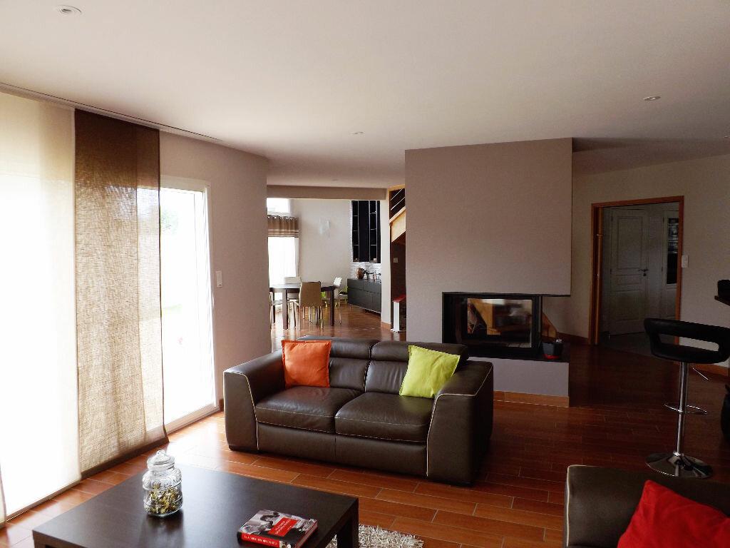 Maison à vendre 6 203.85m2 à Ploudalmézeau vignette-2