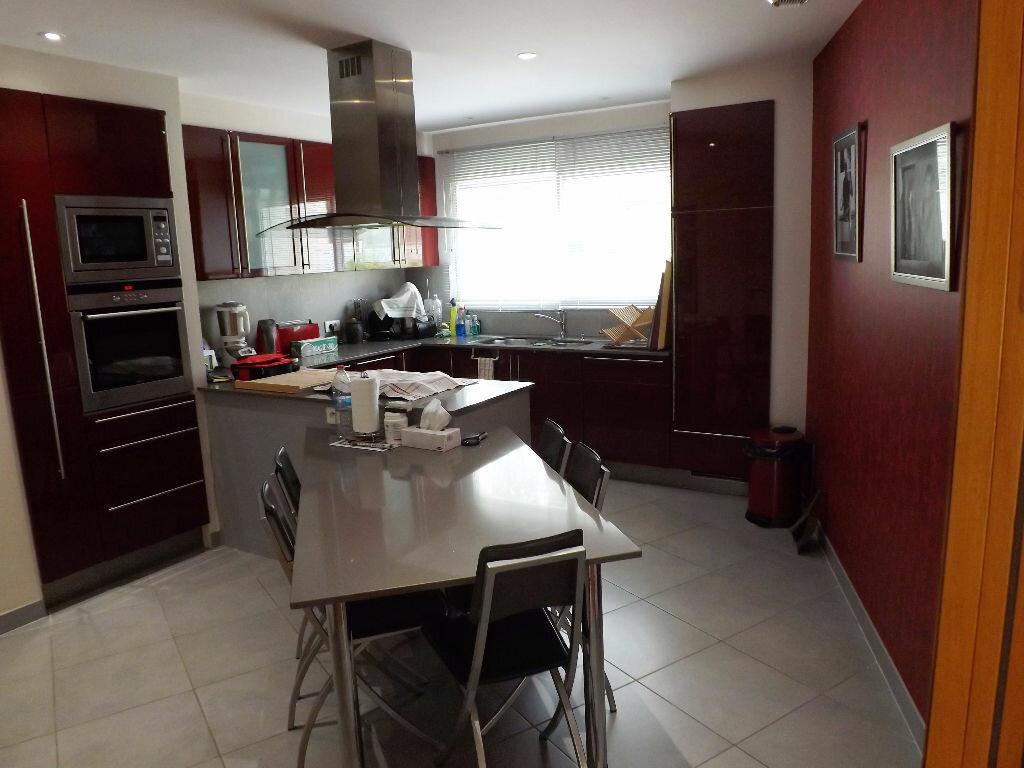 Maison à vendre 6 203.85m2 à Ploudalmézeau vignette-3