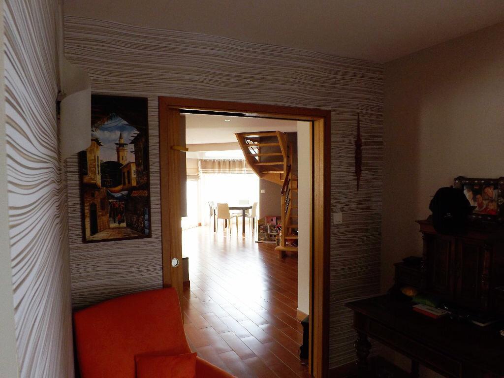 Maison à vendre 6 203.85m2 à Ploudalmézeau vignette-4