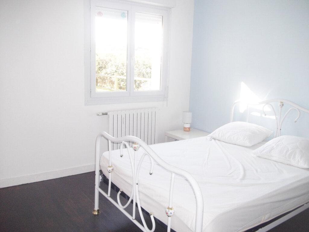 Maison à vendre 7 171m2 à Saint-Pabu vignette-4