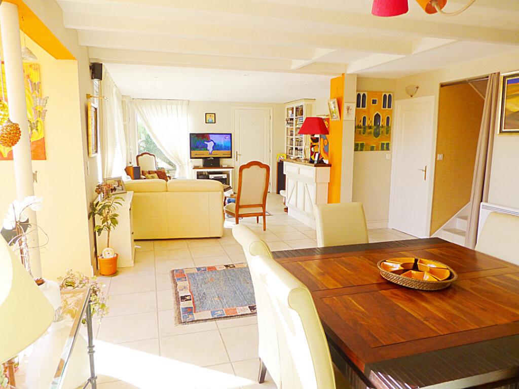 Maison à vendre 8 180m2 à Landerneau vignette-1