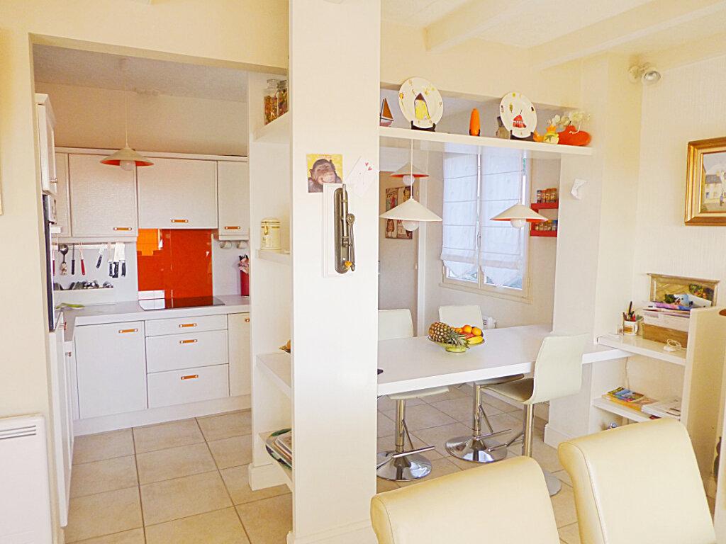 Maison à vendre 8 180m2 à Landerneau vignette-2