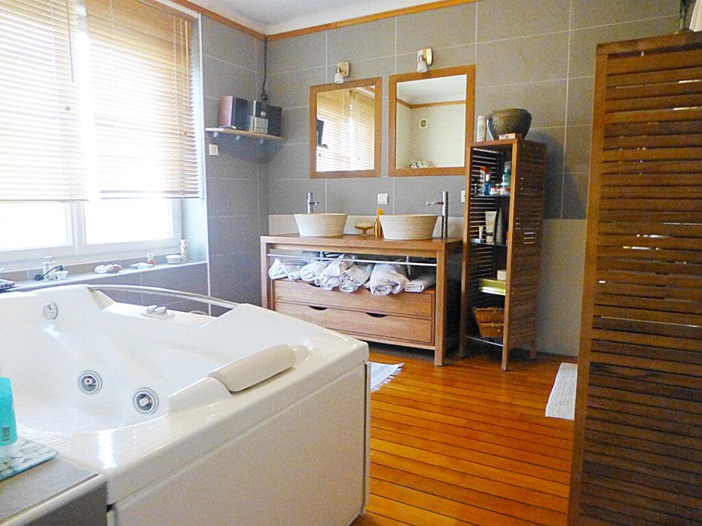 Maison à vendre 6 155m2 à Landerneau vignette-5