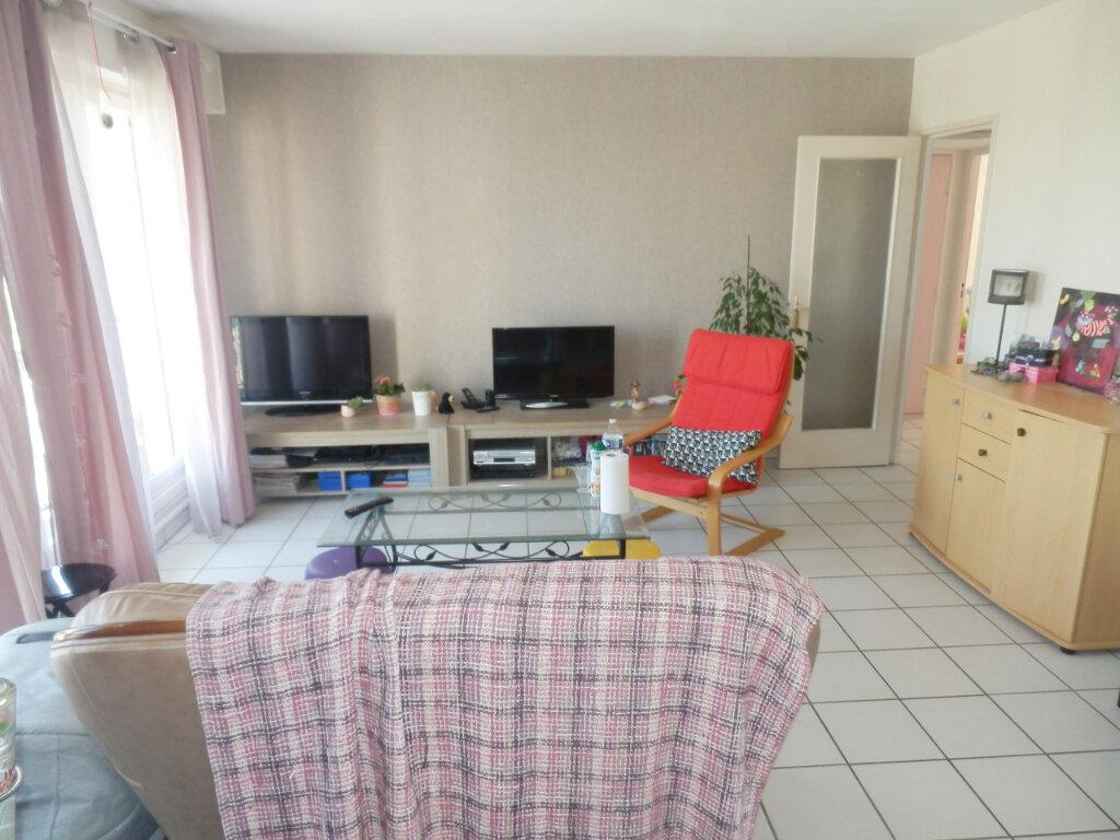Appartement à louer 4 89m2 à Brest vignette-1