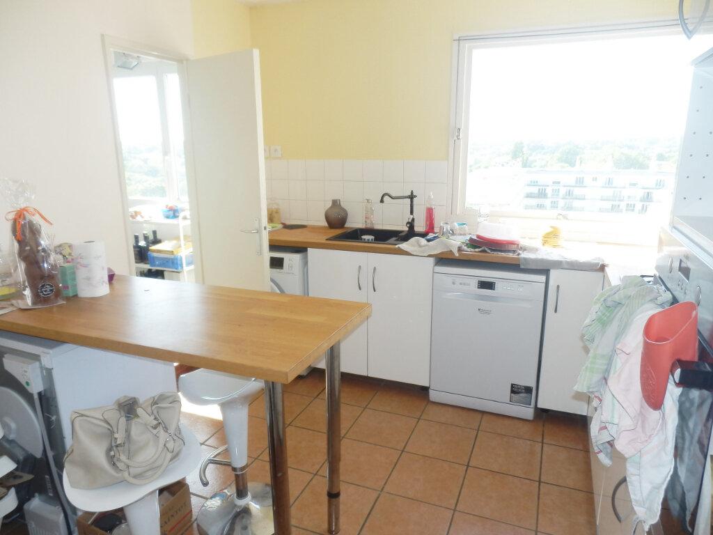 Appartement à louer 4 89m2 à Brest vignette-3