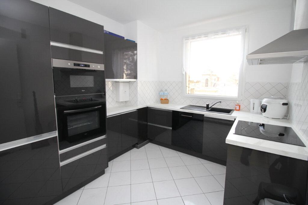 Appartement à vendre 4 62m2 à Franconville vignette-1