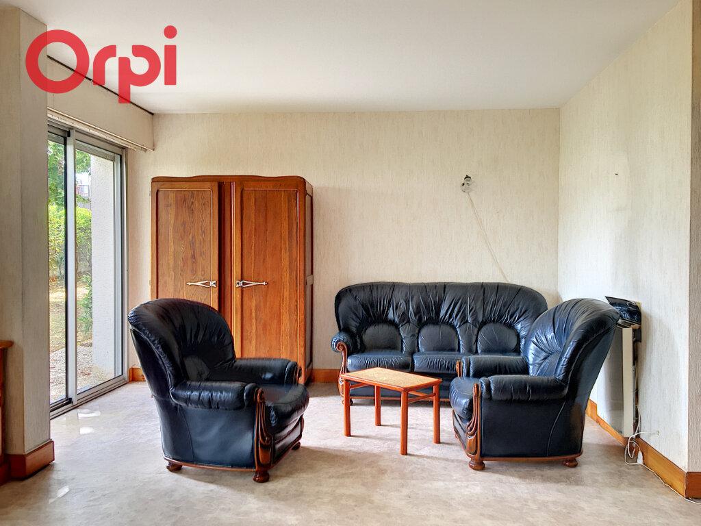 Appartement à louer 3 77.74m2 à Nantes vignette-2