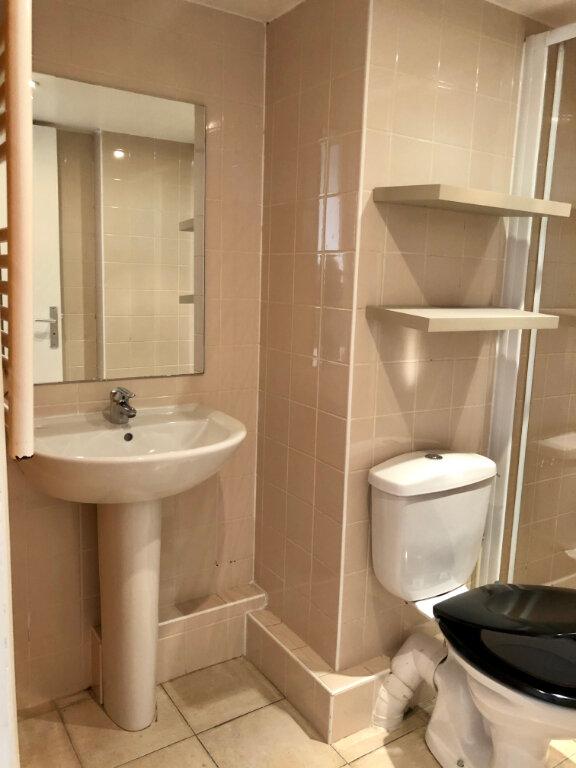 Appartement à louer 1 17.5m2 à Nice vignette-5