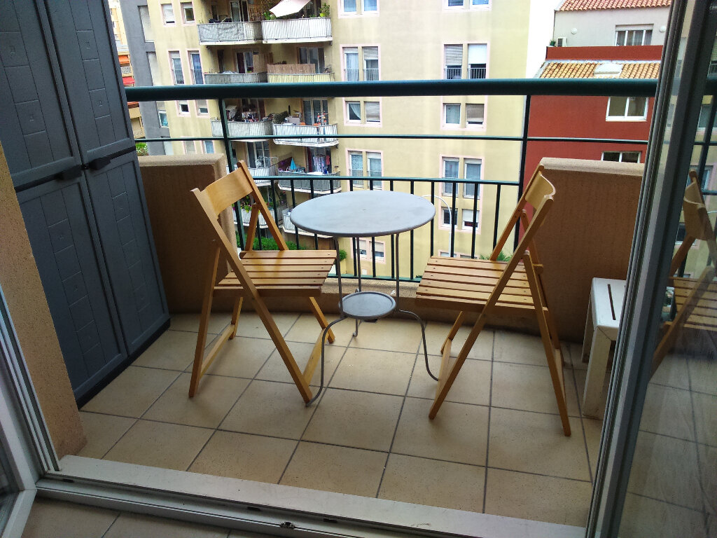 Appartement à louer 1 20m2 à Nice vignette-6