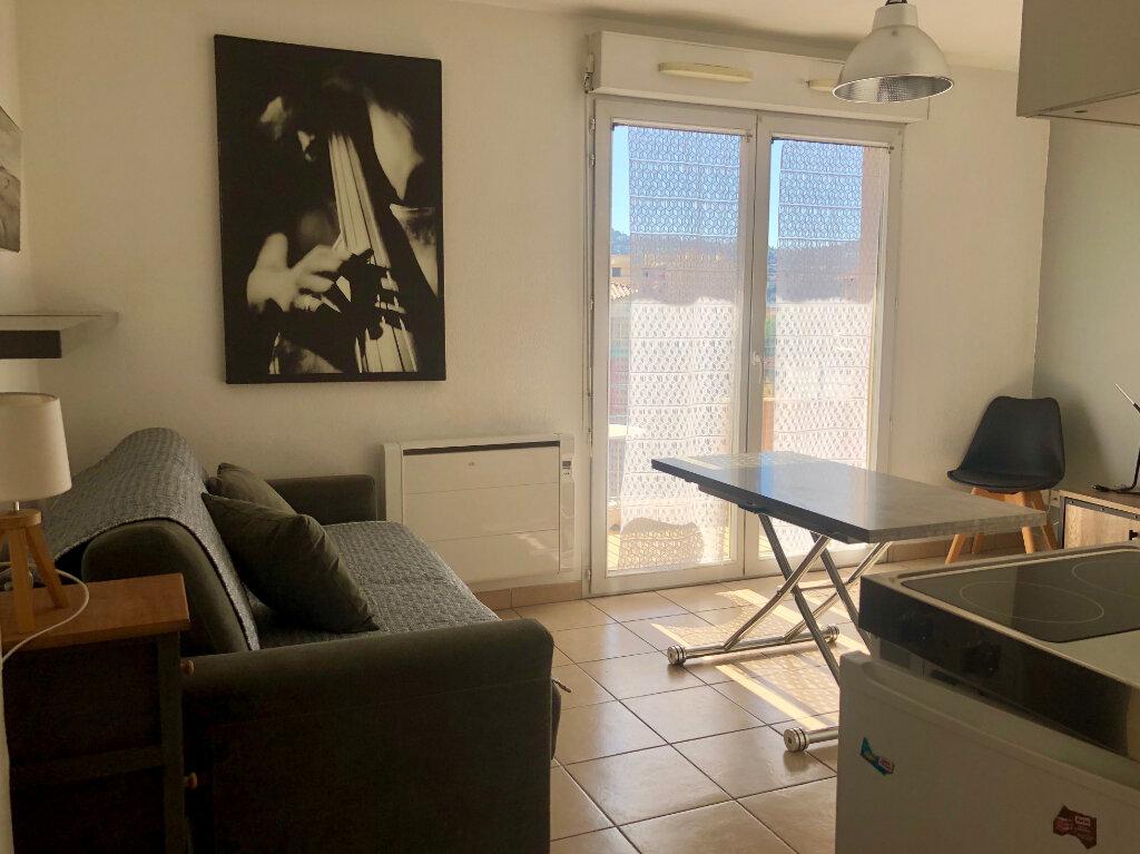 Appartement à louer 1 20m2 à Nice vignette-10