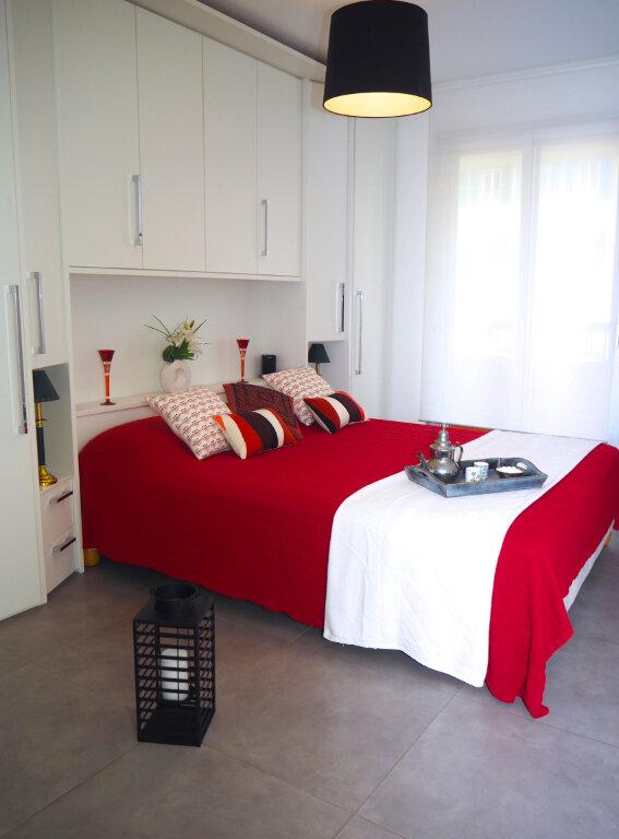 Appartement à louer 2 53m2 à Nice vignette-1
