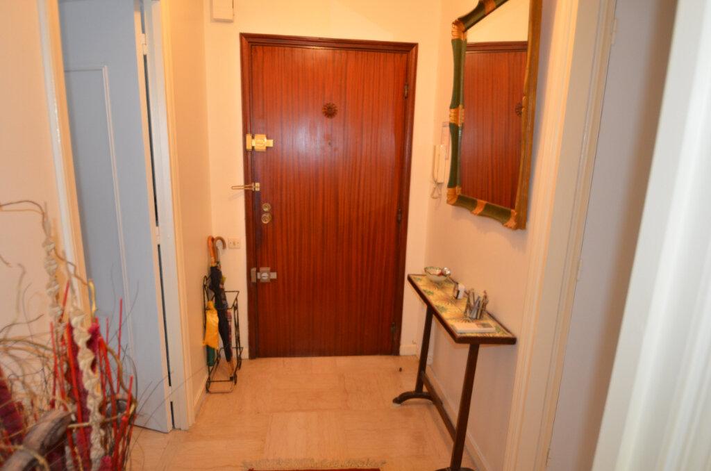 Appartement à vendre 2 46.95m2 à Nice vignette-6