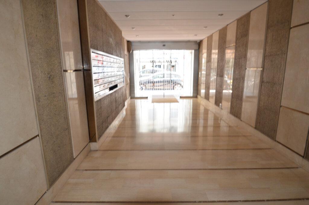 Appartement à vendre 2 46.95m2 à Nice vignette-9