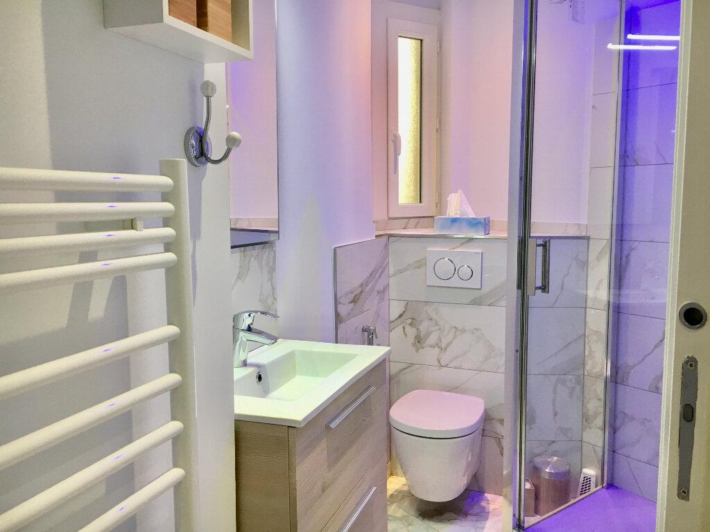Appartement à vendre 3 60m2 à Nice vignette-2