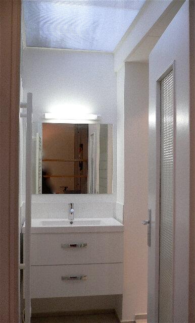 Appartement à louer 2 43.01m2 à Nice vignette-4