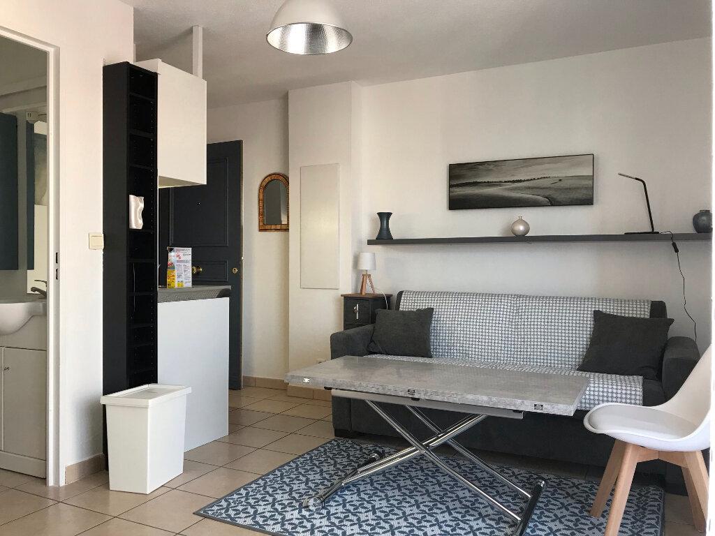 Appartement à louer 1 17.17m2 à Nice vignette-1