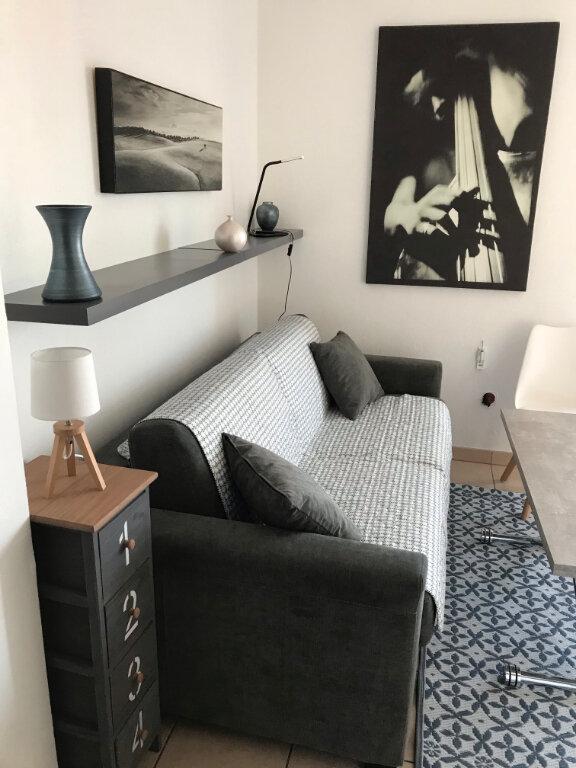 Appartement à louer 1 17.17m2 à Nice vignette-4