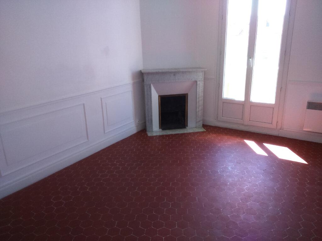 Appartement à louer 3 65.33m2 à Nice vignette-2