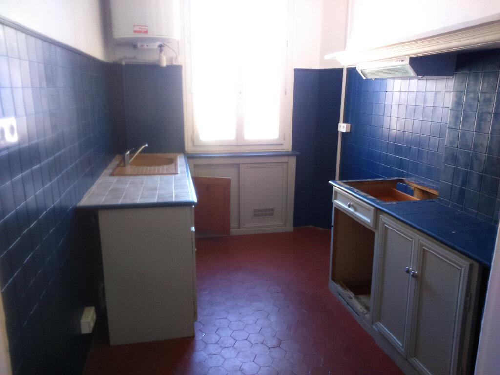 Appartement à louer 3 65.33m2 à Nice vignette-3