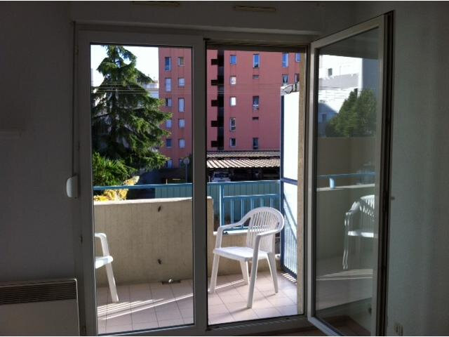 Appartement à louer 1 20.27m2 à Nice vignette-1
