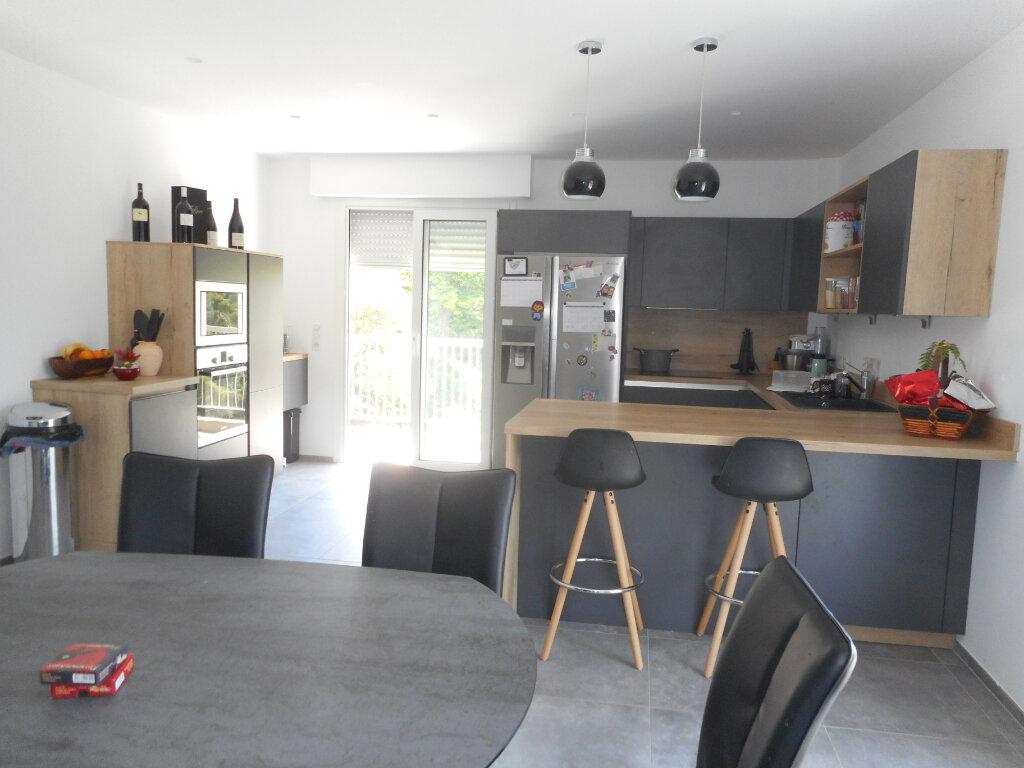 Appartement à vendre 4 106.22m2 à Nice vignette-10