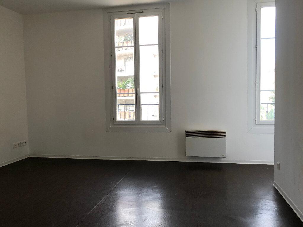 Appartement à louer 1 23.89m2 à Nice vignette-2