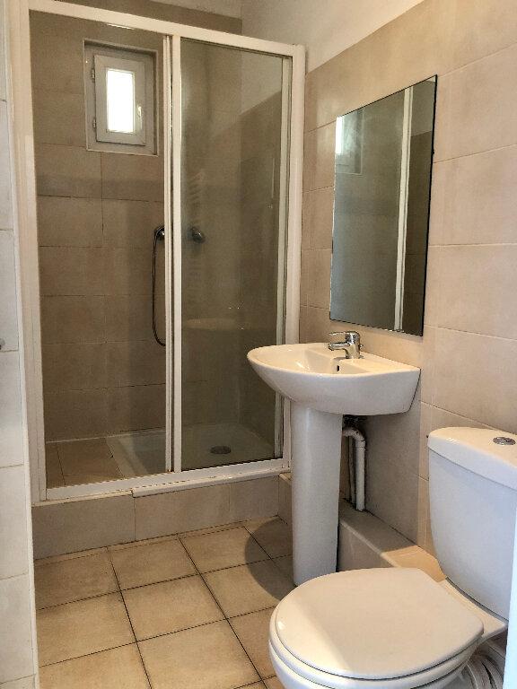 Appartement à louer 1 23.89m2 à Nice vignette-3