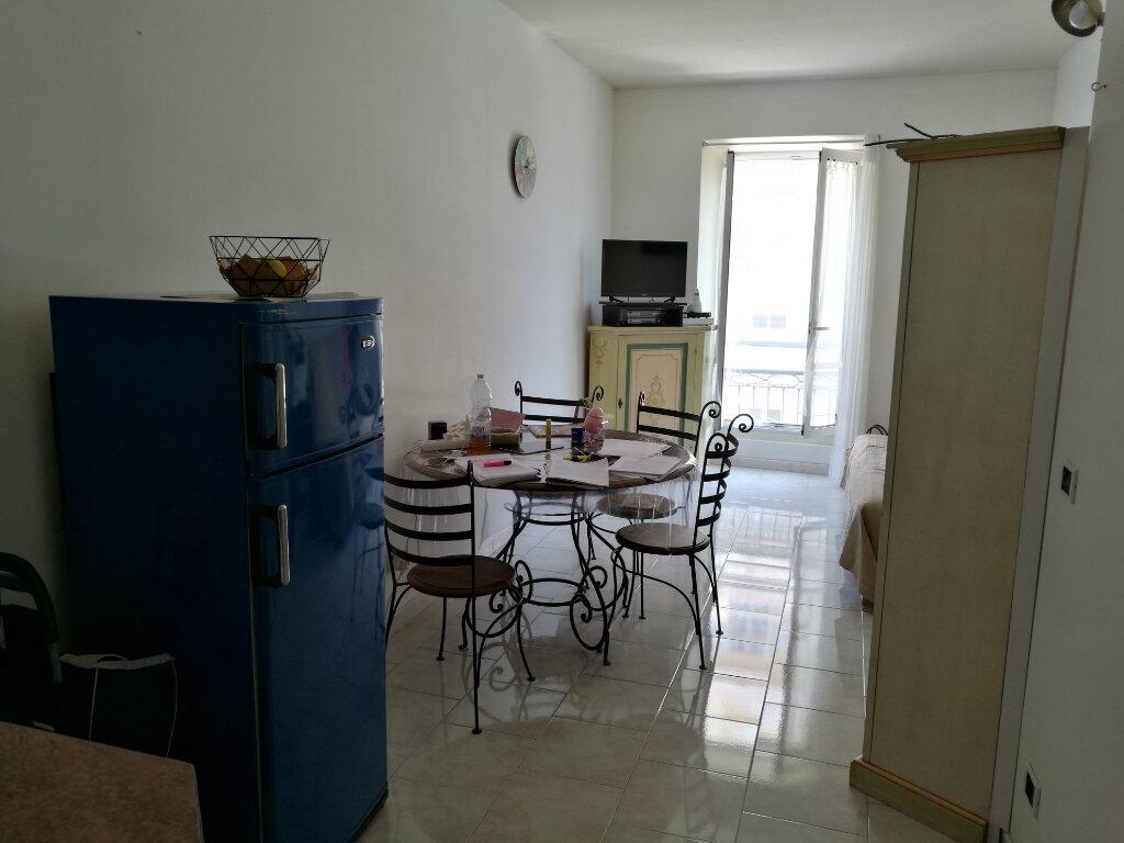Appartement à louer 2 35.16m2 à Nice vignette-1