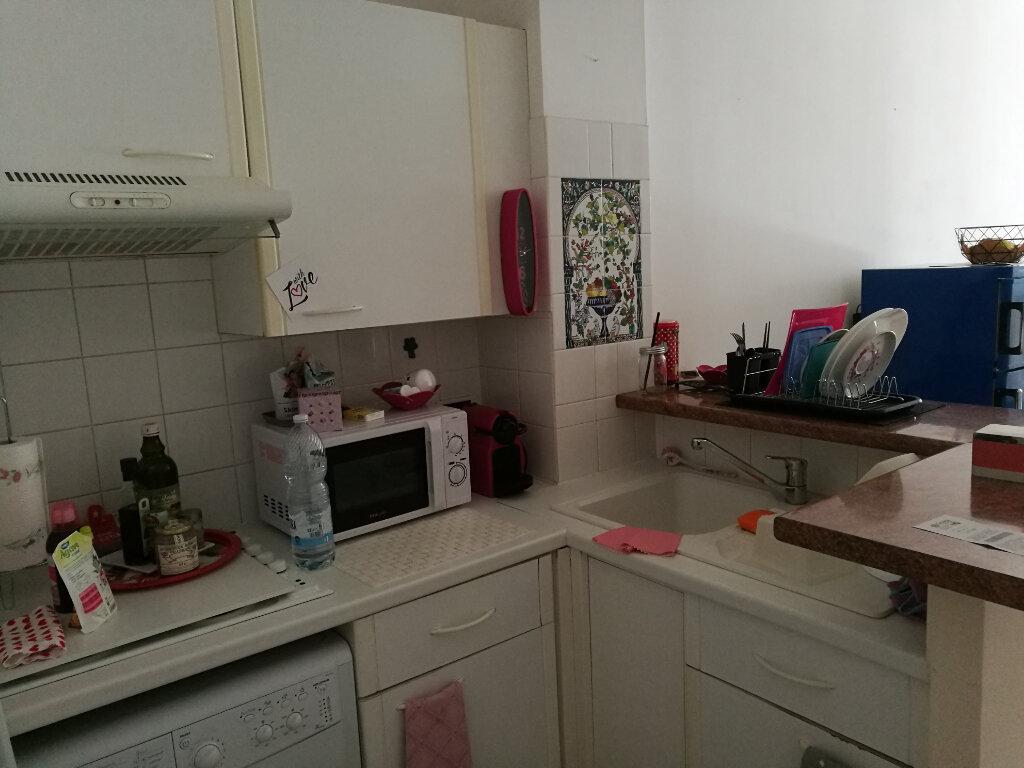 Appartement à louer 2 35.16m2 à Nice vignette-2