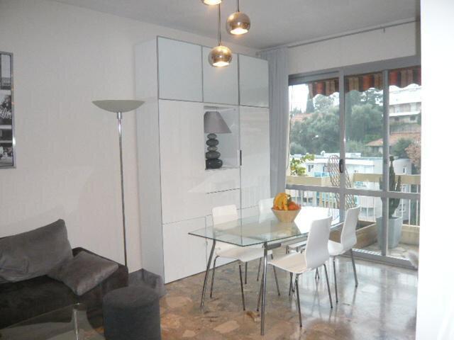 Appartement à louer 2 46.58m2 à Nice vignette-3