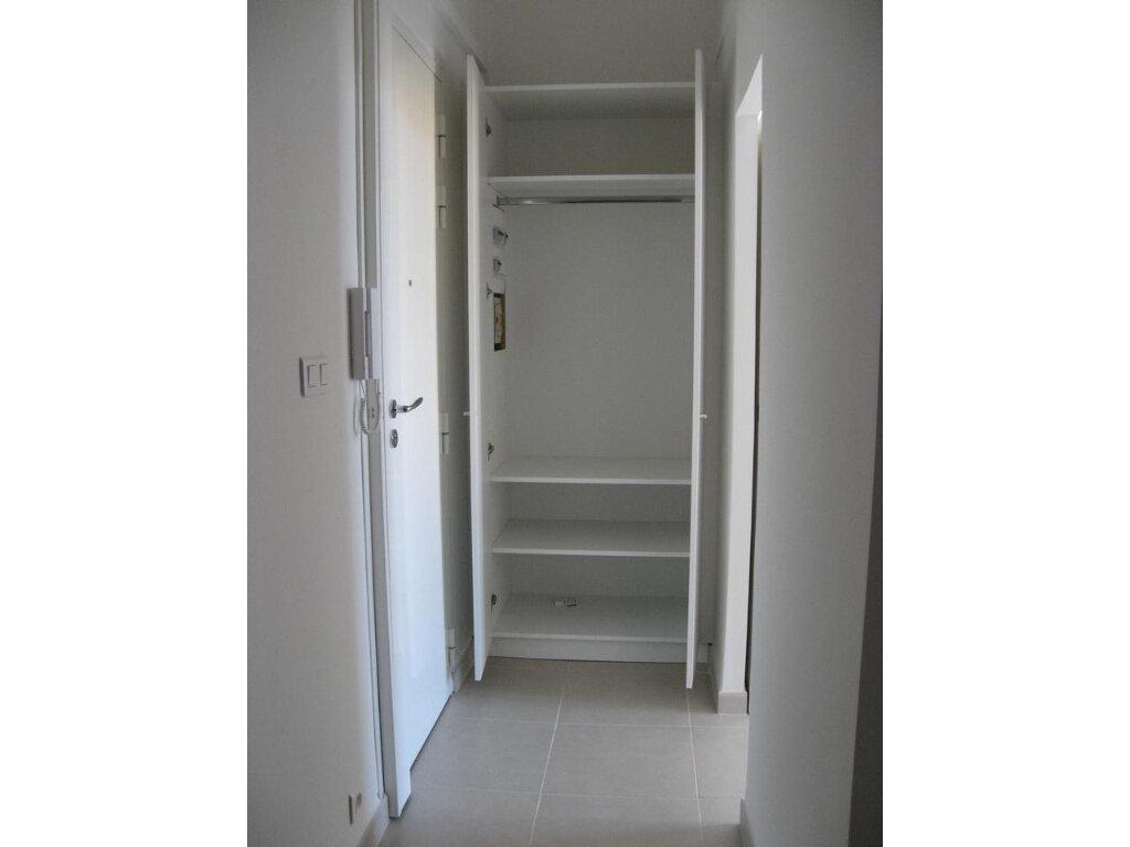 Appartement à louer 2 23m2 à Nice vignette-5