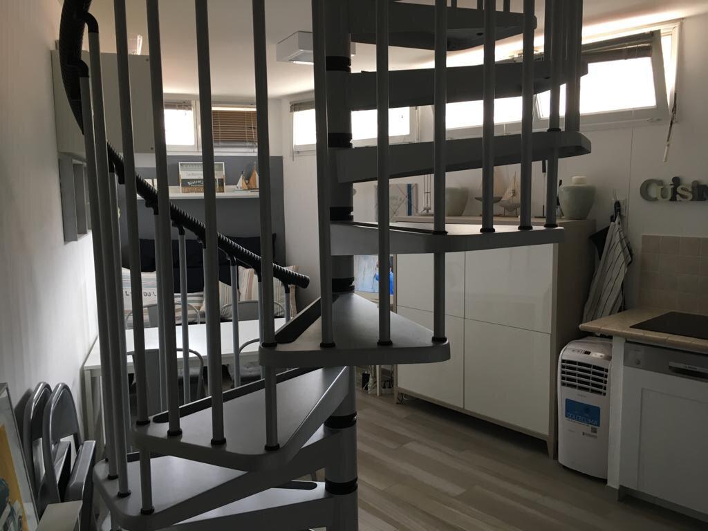 Appartement à vendre 2 29m2 à Nice vignette-2