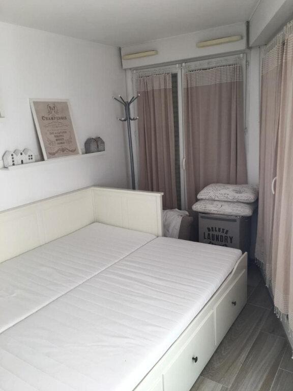 Appartement à vendre 2 29m2 à Nice vignette-9