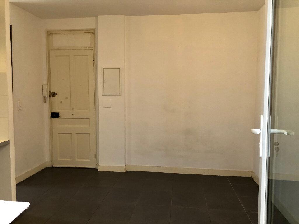 Appartement à louer 1 30m2 à Nice vignette-7