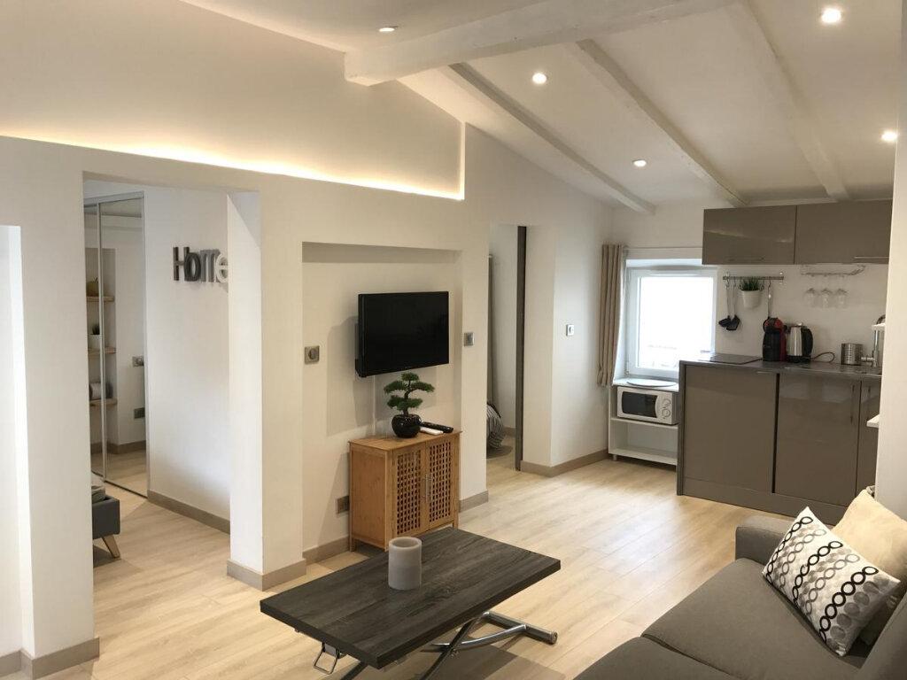 Appartement à vendre 3 36m2 à Nice vignette-1