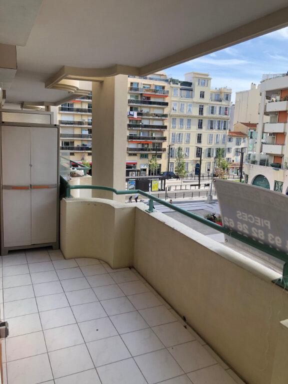 Appartement à louer 2 33m2 à Nice vignette-5