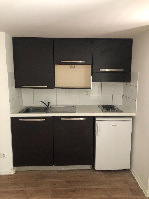 Appartement à louer 1 24m2 à Nice vignette-2