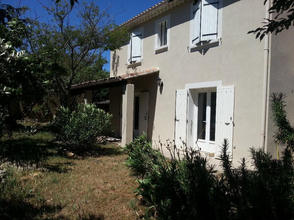 Appartement à louer 2 55m2 à Rochefort-du-Gard vignette-1